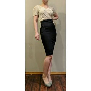Valentino Black Bodycon Pencil Straight Skirt SZ 4